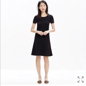 Madewell Gallerist knit skater dress XS black